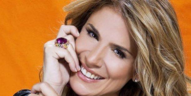 Flavia Palmiero cocinará políticos a la parrilla
