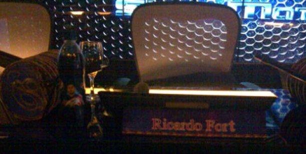 Esta es la silla que espera a Ricardo Fort en Showmatch