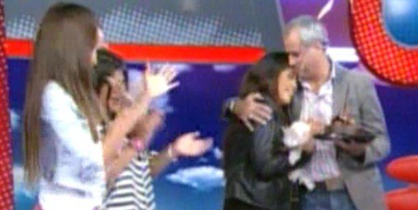 Rial festejó cumpleaños con su novia y sus hijas; y felicitó a Canosa por su embarazo