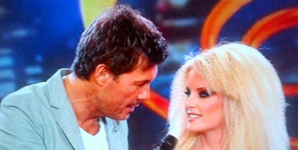 La sueca de Tinelli bailó en el caño; pero le gustan los Wachiturros; reto a Flor Peña
