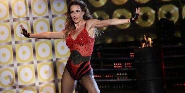 María Vázquez renunciaría esta noche a Showmatch, se queda Karina Jelinek