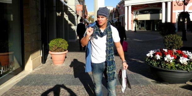 El ex novio de Fort pasea por Roma y pelea por twitter con Ricardo