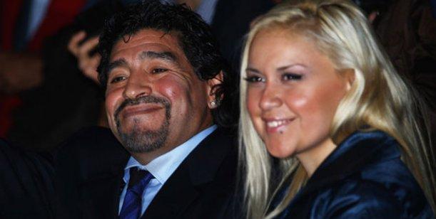 Nuevos rumores de reconciliación entre Ojeda y Maradona: volverían a Dubai