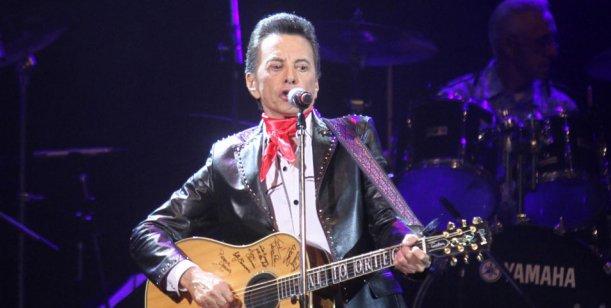 Palito Ortega y un recital en el Luna Park  con invitados de lujo