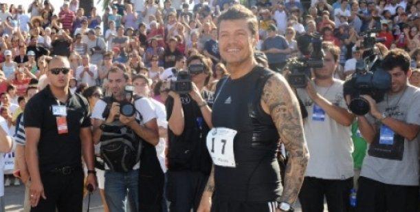 Tinelli vuelve a la clásica maratón de Bolívar en homenaje a su padre