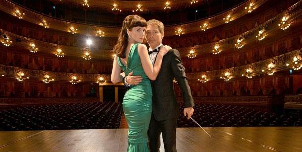 Back de Solamente vos: Natalia Oreiro y Adrián Suar brillaron en el Colón