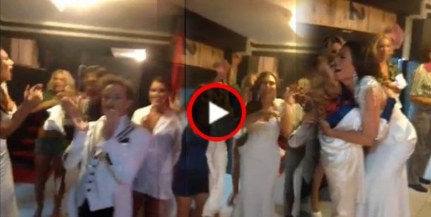 Flor de la V festejó con su elenco el debut de Cirugía para 2