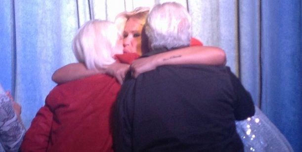 La emoción de Nazarena Vélez con la visita de sus padres en Villa Carlos Paz
