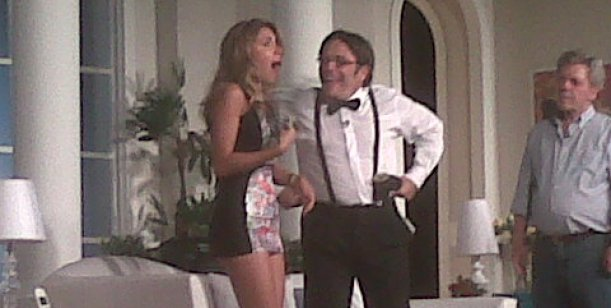 Campi y Denise recibieron en su casa al elenco de La noche de las pistolas frías