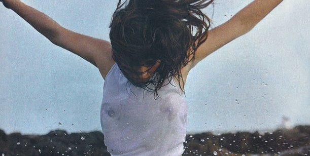 La sensual producción fotográfica de Brenda Asnicar