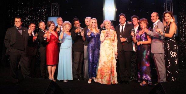 La gran noche de Mirtha Legrand; en la gala benéfica que la rodeó de famosos