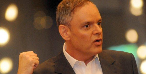 El polémico Dr. Mühlberger pierde el nombre de su clínica tras el escándalo