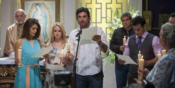 Diego Olivera estrena una nueva novela en México y lo celebra con una misa