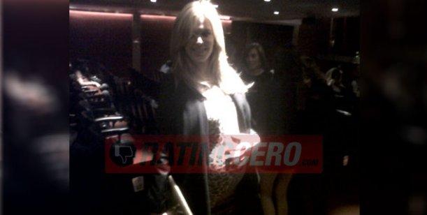 Viviana Canosa, lejos de Canal 9 y a dos meses de ser madre, en la noche teatral