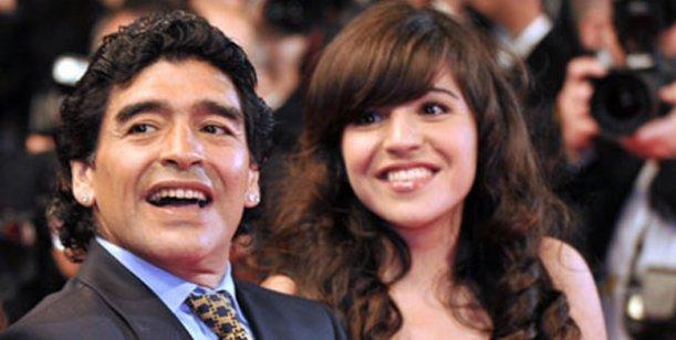 Gianinna Maradona: Tengo ganas pero papá no quiere que conozca a mi hermanito