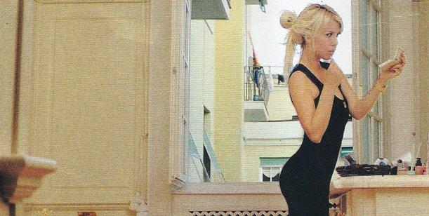 Wanda Nara de regreso; posa desnuda y la llaman del Vaticano
