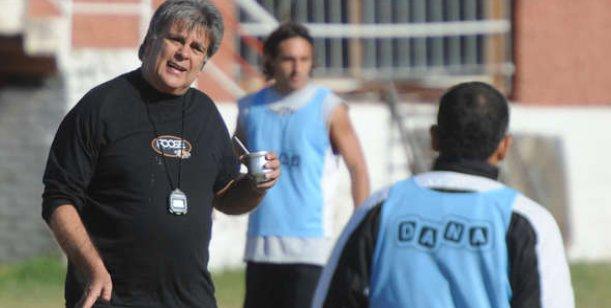 Internaron de urgencia a Luis Ventura
