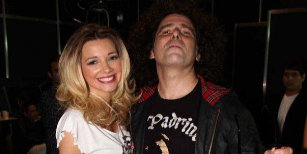 Andrés Calamaro se instala en Villa Carlos Paz por amor a Micaela Breque