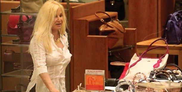 Susana, en Miami, loca por el shopping