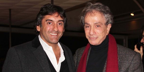 Enzo Francescoli estuvo de visita en Buenos Aires y fue al  teatro