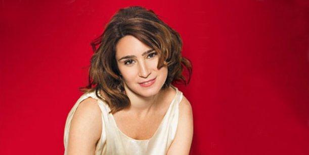 Para hacer teatro tiene que gustarme mucho la obra, dijo Valeria Bertuccelli