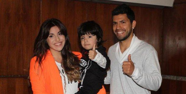 La furia de Gianinna Maradona con el Kun Agüero porque no la dejaría comunicarse con su hijo