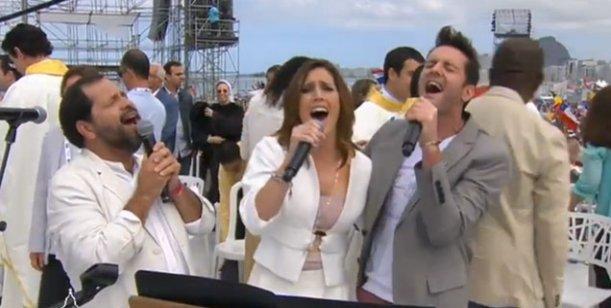 La Sole y Axel cantaron para el papa Francisco en Brasil