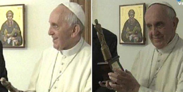 Orgullo nacional: El Papa Francisco recibió el premio en Roma
