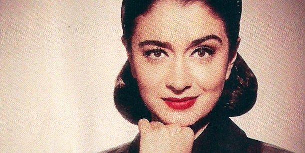 Mir la producci n de fotos retro de las famosas for Ratingcero espectaculos