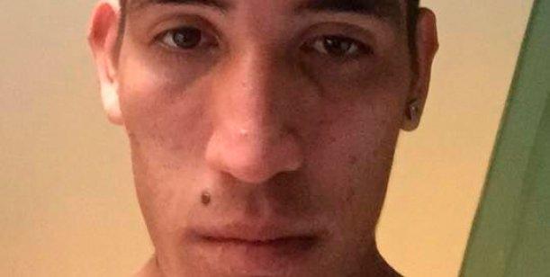 Escracharon a un jugador de Boca con unas fotos sin ropa
